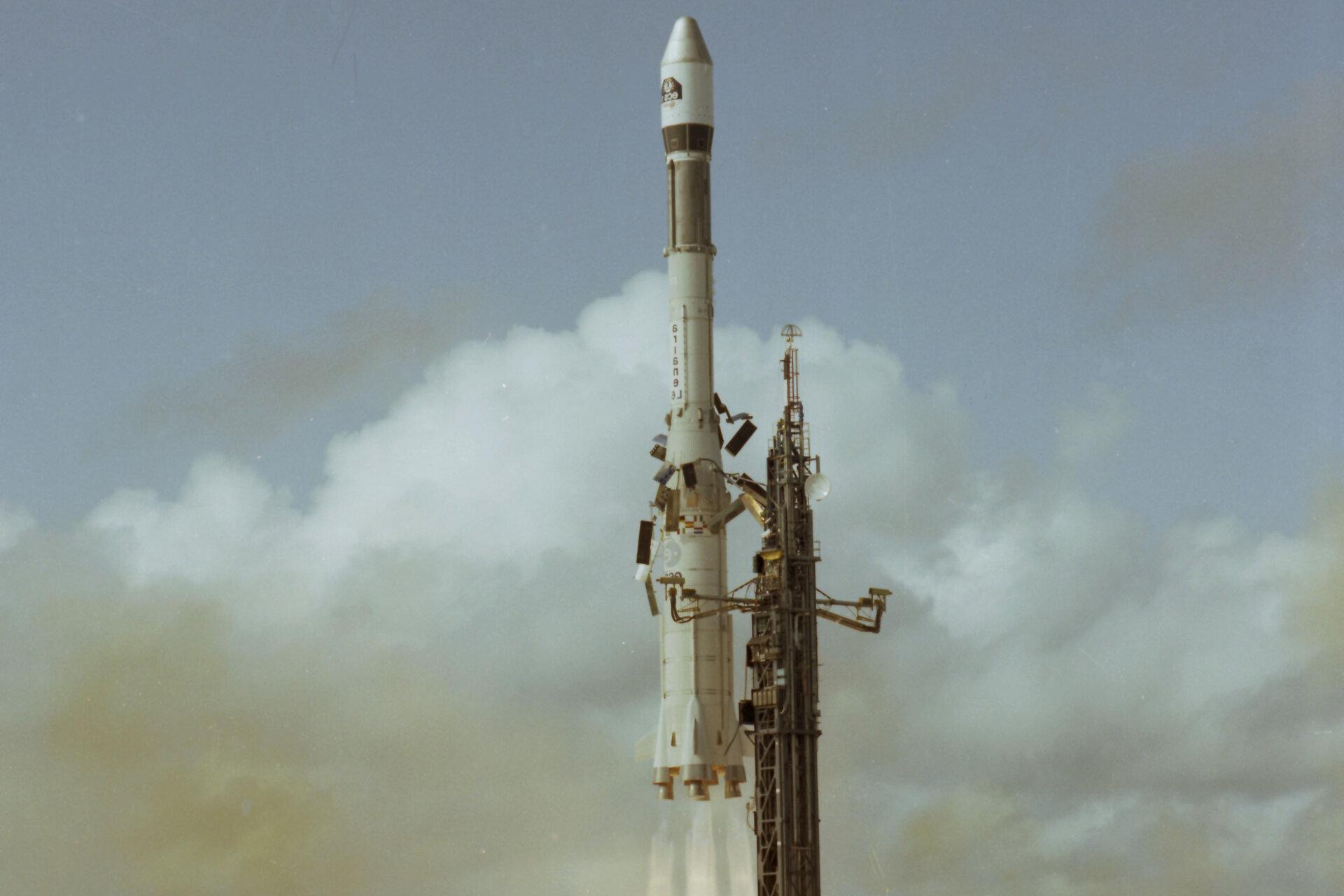 ESA Ariane 1 au décolage